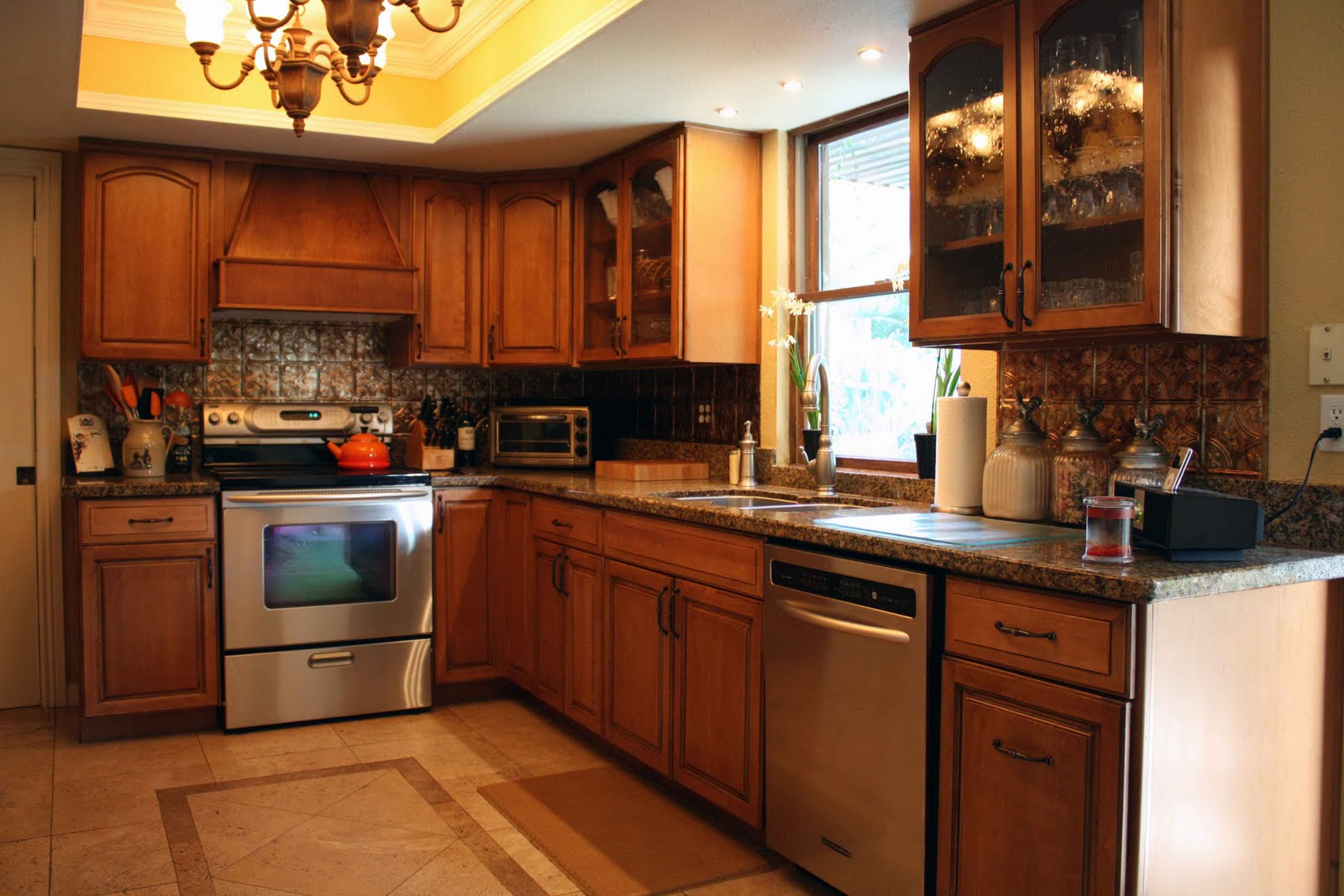 Clutter Free Kitchen For More Space