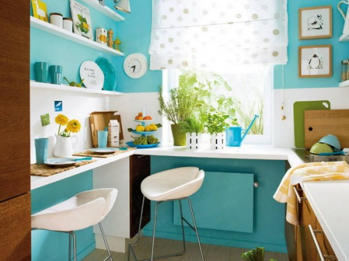 Small Kitchen Lighting and Decor